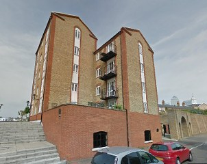 SE8 One off Cleaning Service in Docklands